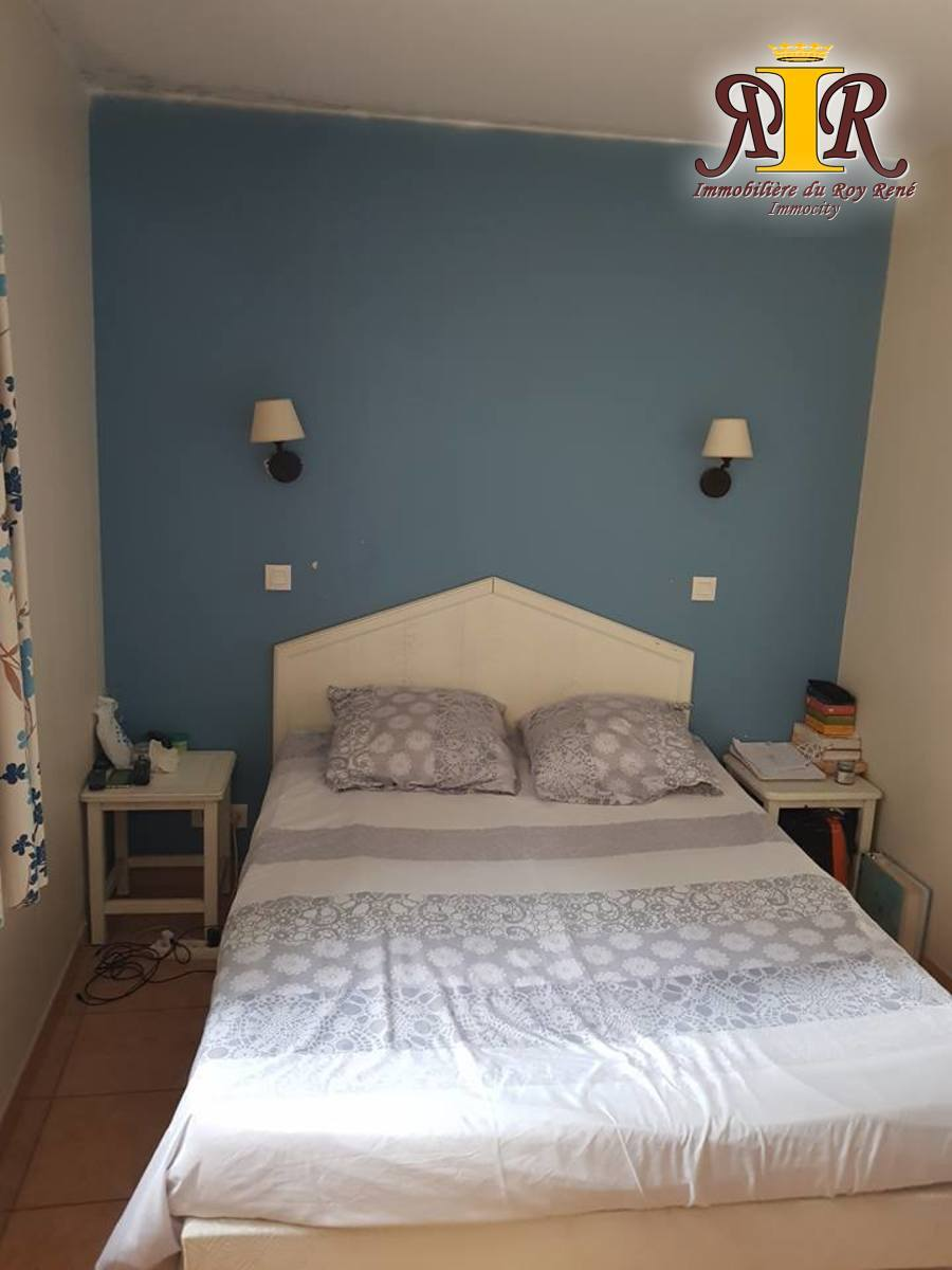 Appartement - six fours